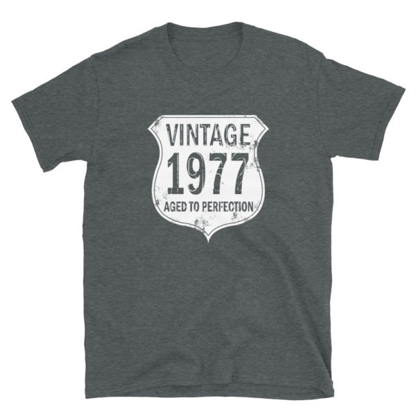 1977 Aged to Perfection Men's/Unisex T-Shirt